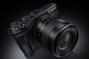 EOS M3 EF-M18-55STM Beauty